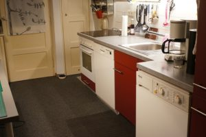 Küche nun wie Nationalgericht im Ruhrpott: Rot-Weiss. Da mußte durch ...
